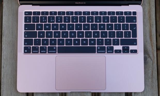 کیبورد لپتاپ 13 اینچی اپل مدل MacBook Air MWTK2 2020 با صفحه نمایش رتینا